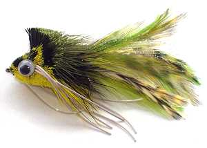 The Diving Olive and Yellow deer hair Bass Bug fly pattern ideal for Largemouth Bass and Pike